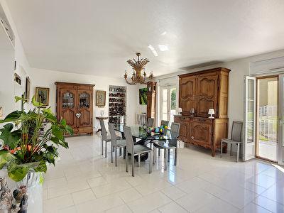 achat maison a vendre nancy 255 000 450 m. Black Bedroom Furniture Sets. Home Design Ideas